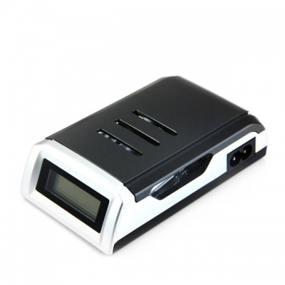 Battery Charger C905W 4 Slots Smart Charger for AA/AAA Batteries